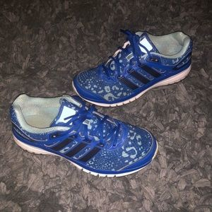 Adidas size 9 blue sneakers